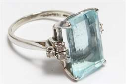 14K White Gold Aquamarine  Diamond Cocktail Ring