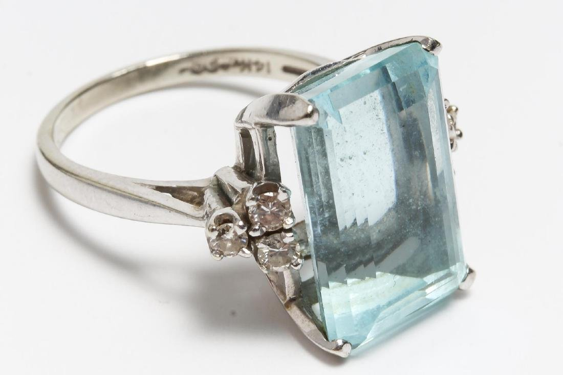14K White Gold Aquamarine & Diamond Cocktail Ring