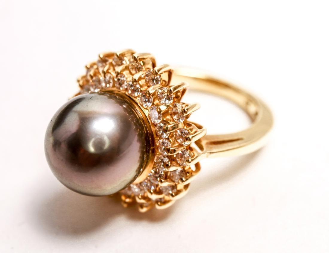 14K Gold Tahitian Pearl & Diamonds Lady's Ring