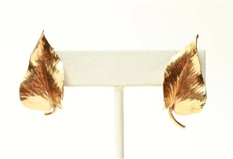14K Yellow Gold Leaf Motif Earrings Pair