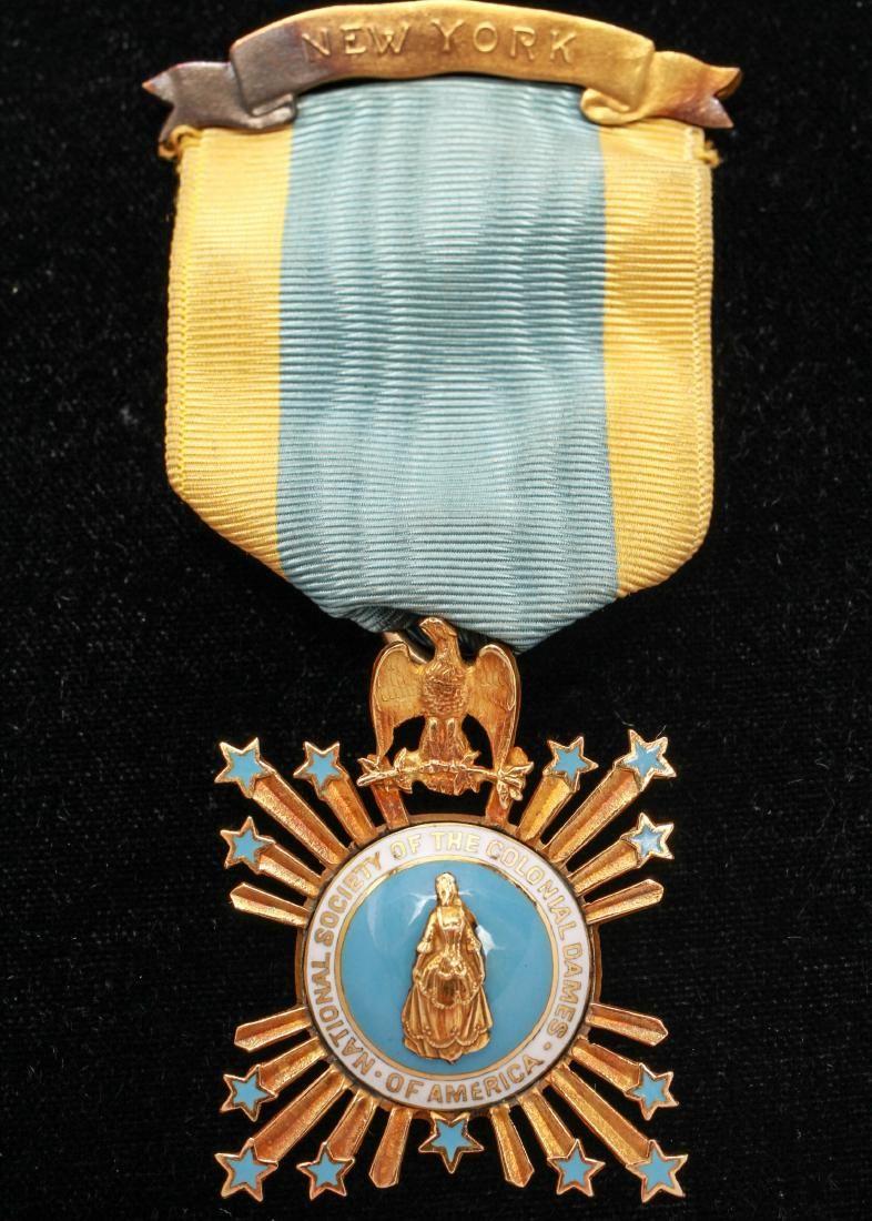 14K Gold & Enamel NY Society Colonial Dames Medal