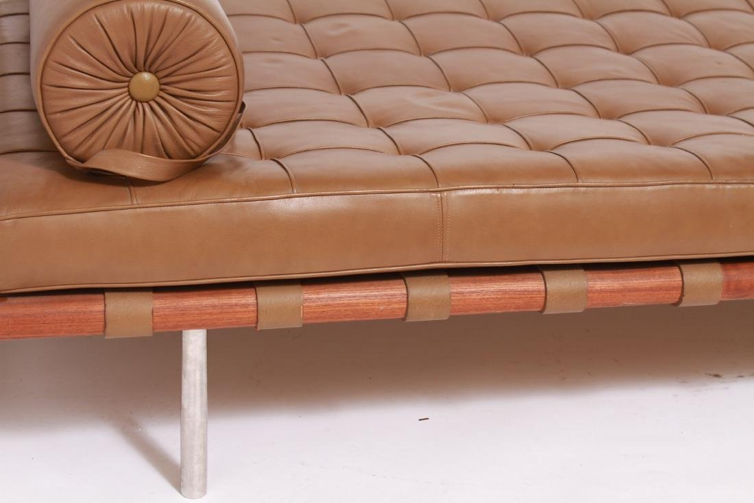 Ludwig Mies Van Der Rohe Knoll Barcelona Daybed - 3