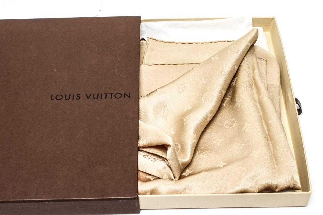 bffc90ee4d9c Louis Vuitton