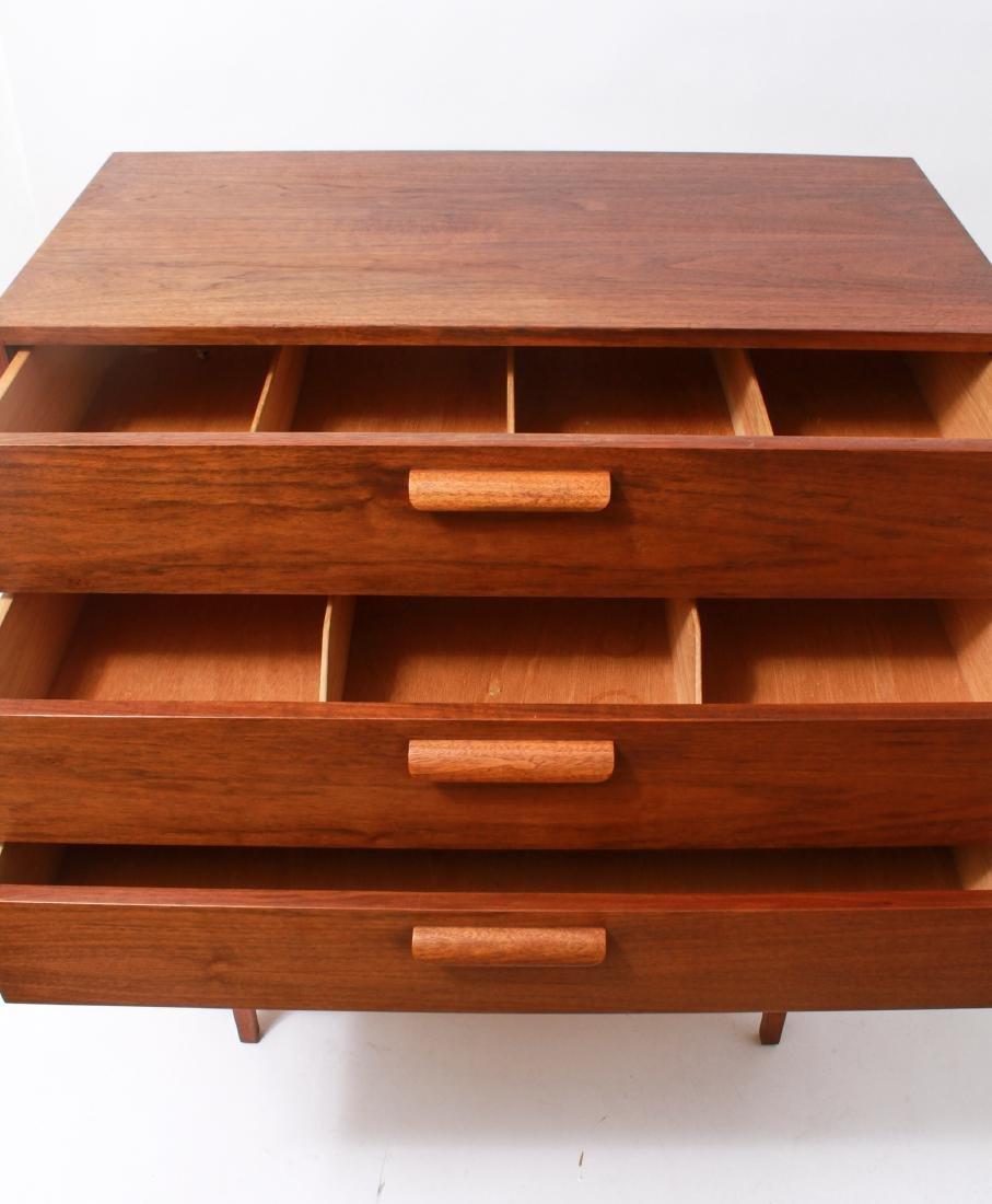Mid-Century Modern Walnut Chest of Drawers - 2