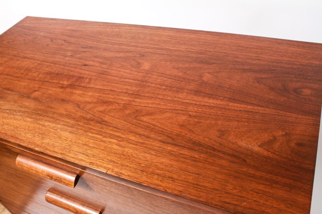 Mid-Century Modern Walnut Chest of Drawers - 4
