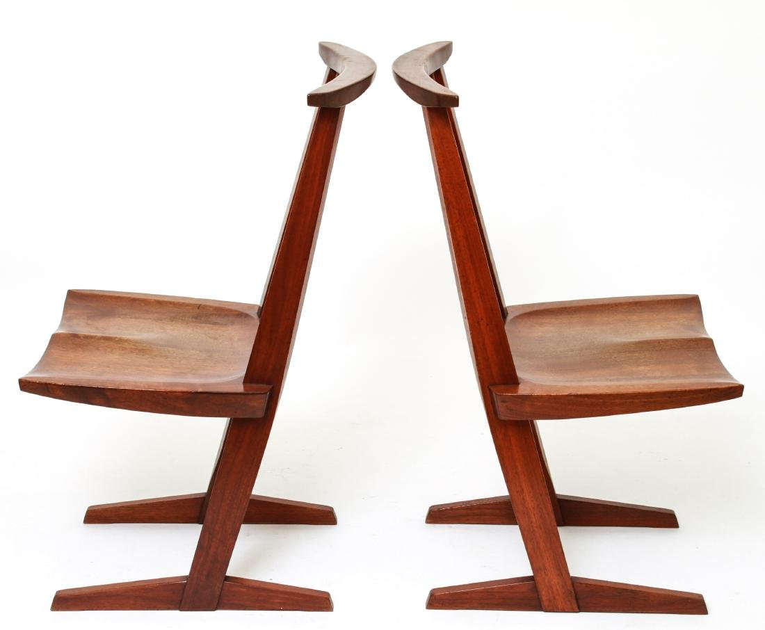 George Nakashima 'Conoid' Walnut Chairs, Pair - 2