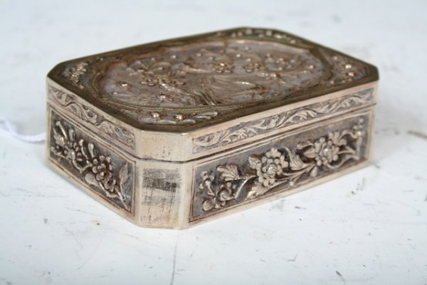 2012: 19th C Chinese Export Silver Box