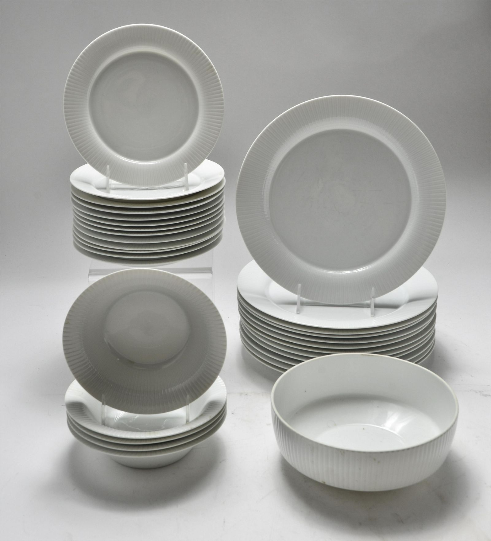 Rosenthal Germany Porcelain Dishes Group of 31