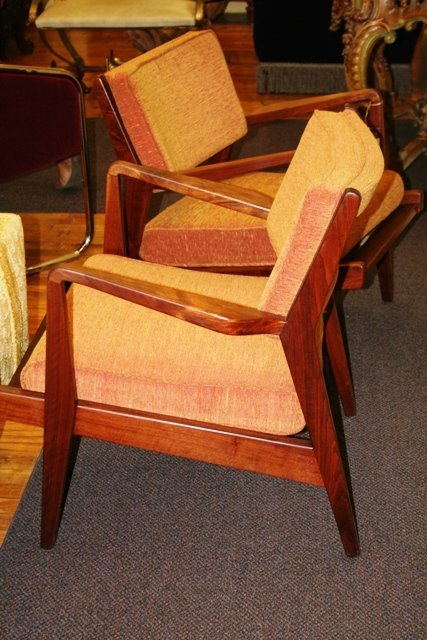 3020: Pair of Jens Risom Danish Modern Lounge Chairs