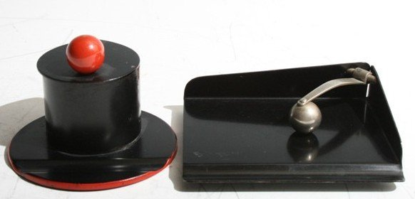 3023: Marianne Brandt Inkwell and Paper Tray