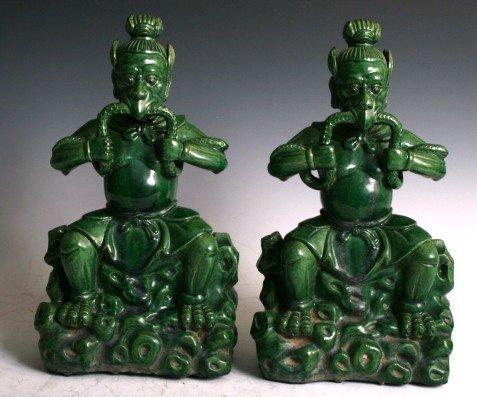 3473: 18/19th C Chinese Ceramic Figures