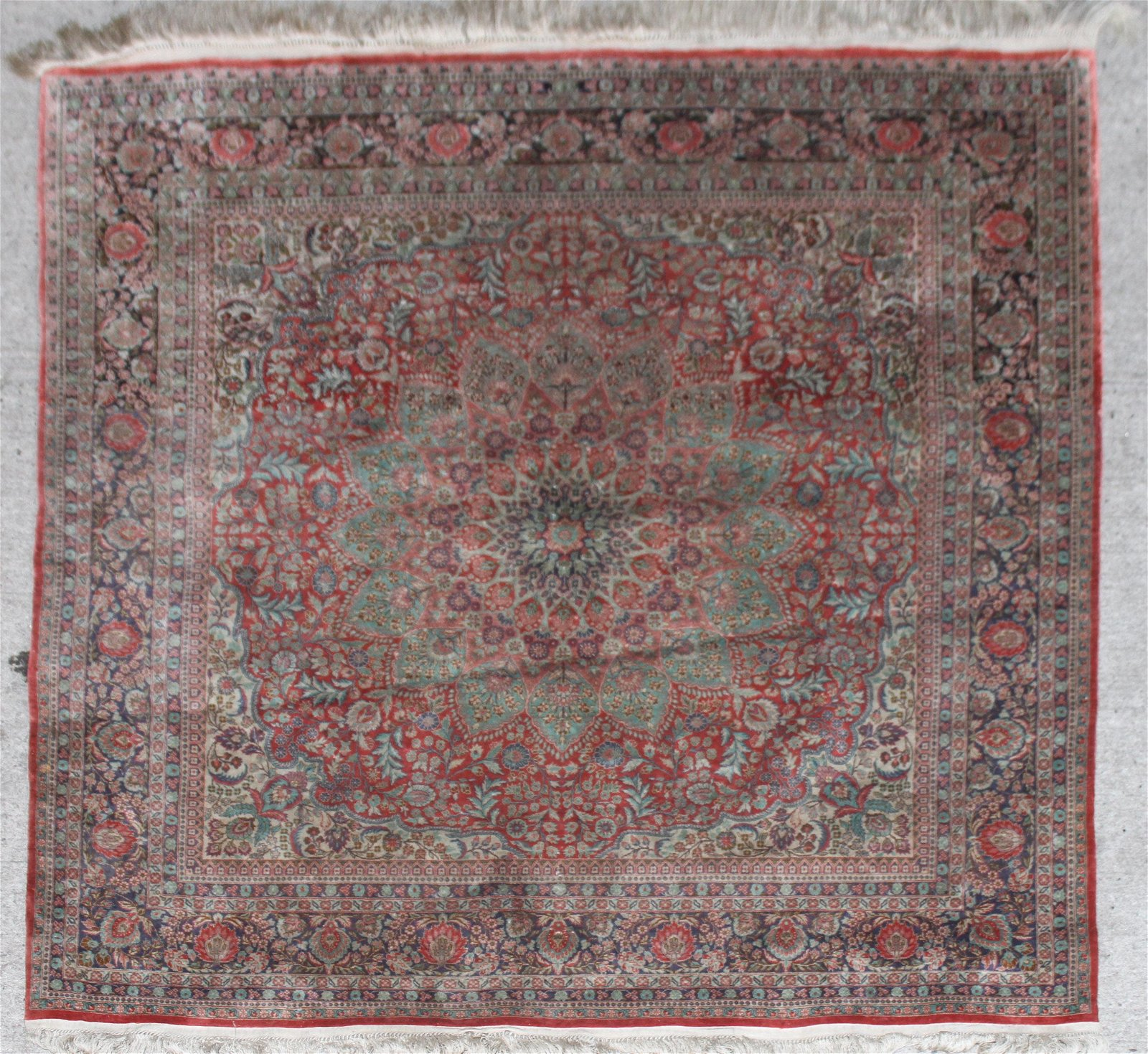 Persian Silk Area Rug w Floral Medallion 3' x 3'