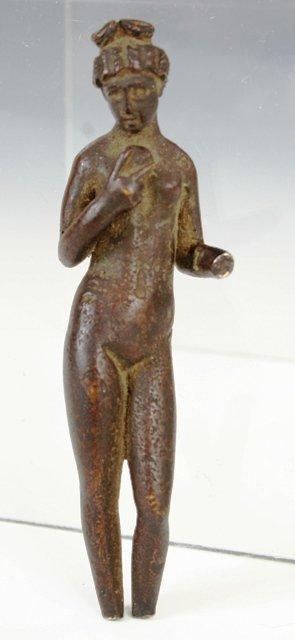 19: 1st /2nd c. Bronze of Aphrodite holding Apple