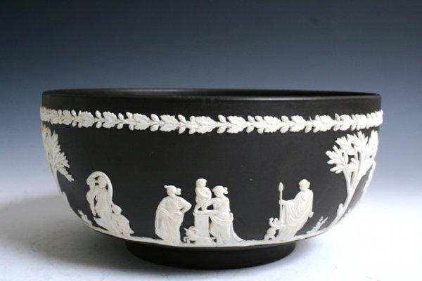 1006: Wedgewood Black Bowl