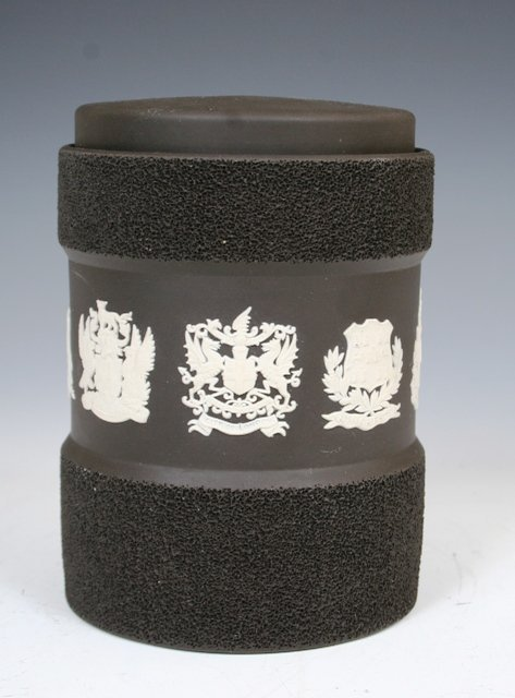 1007: Rare Wedgewood Textured Jar with Lid