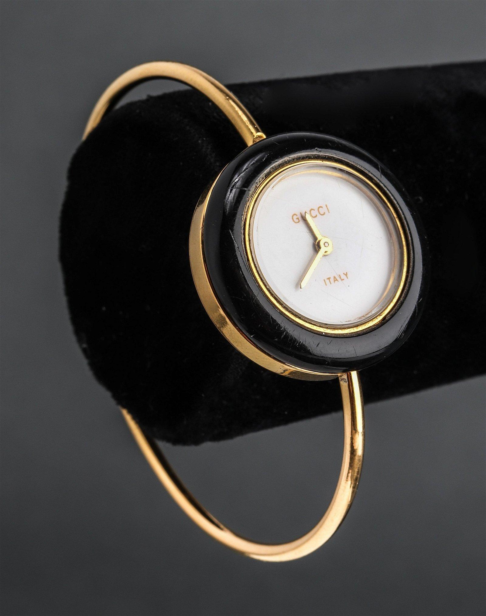 Vintage 1980s Gucci Bangle Wrist Watch