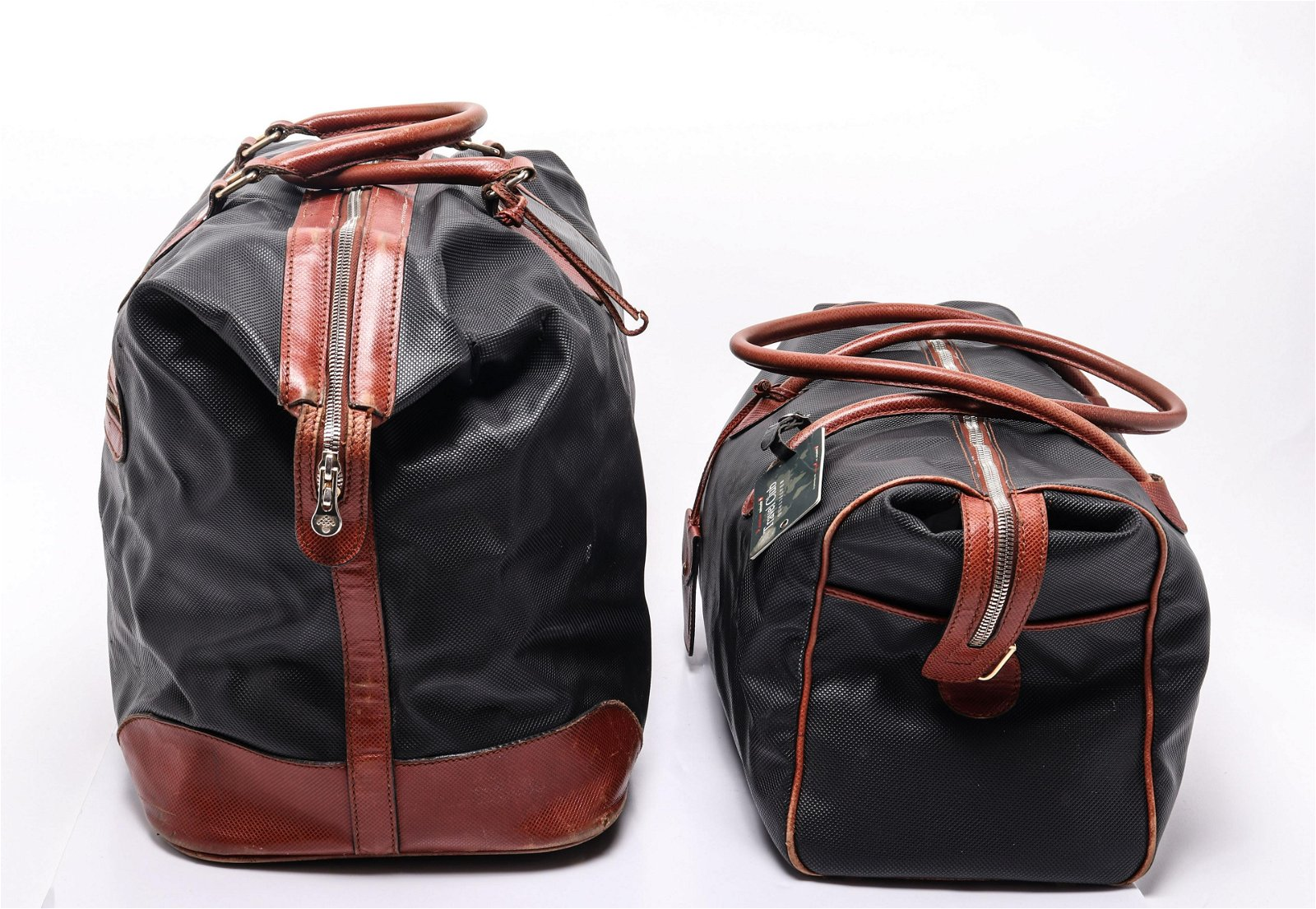 Bottega Veneta Leather Travel Bags / Totes, 2