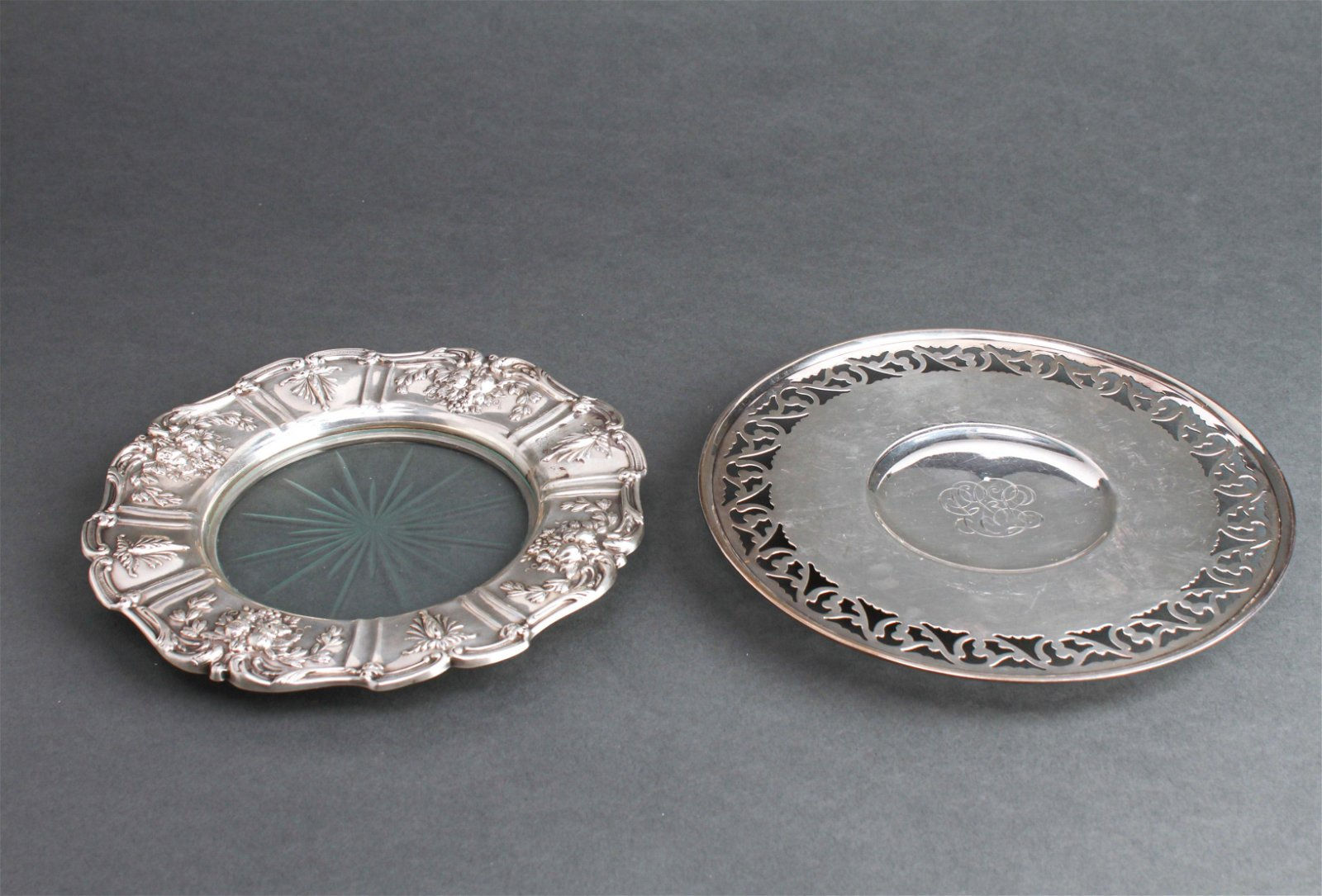 Sterling Silver Round Trays incl Reed & Barton, 2