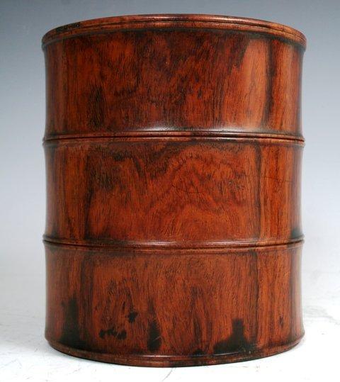 3017: Huang Hua Li Brush Pot 19th c Chinese