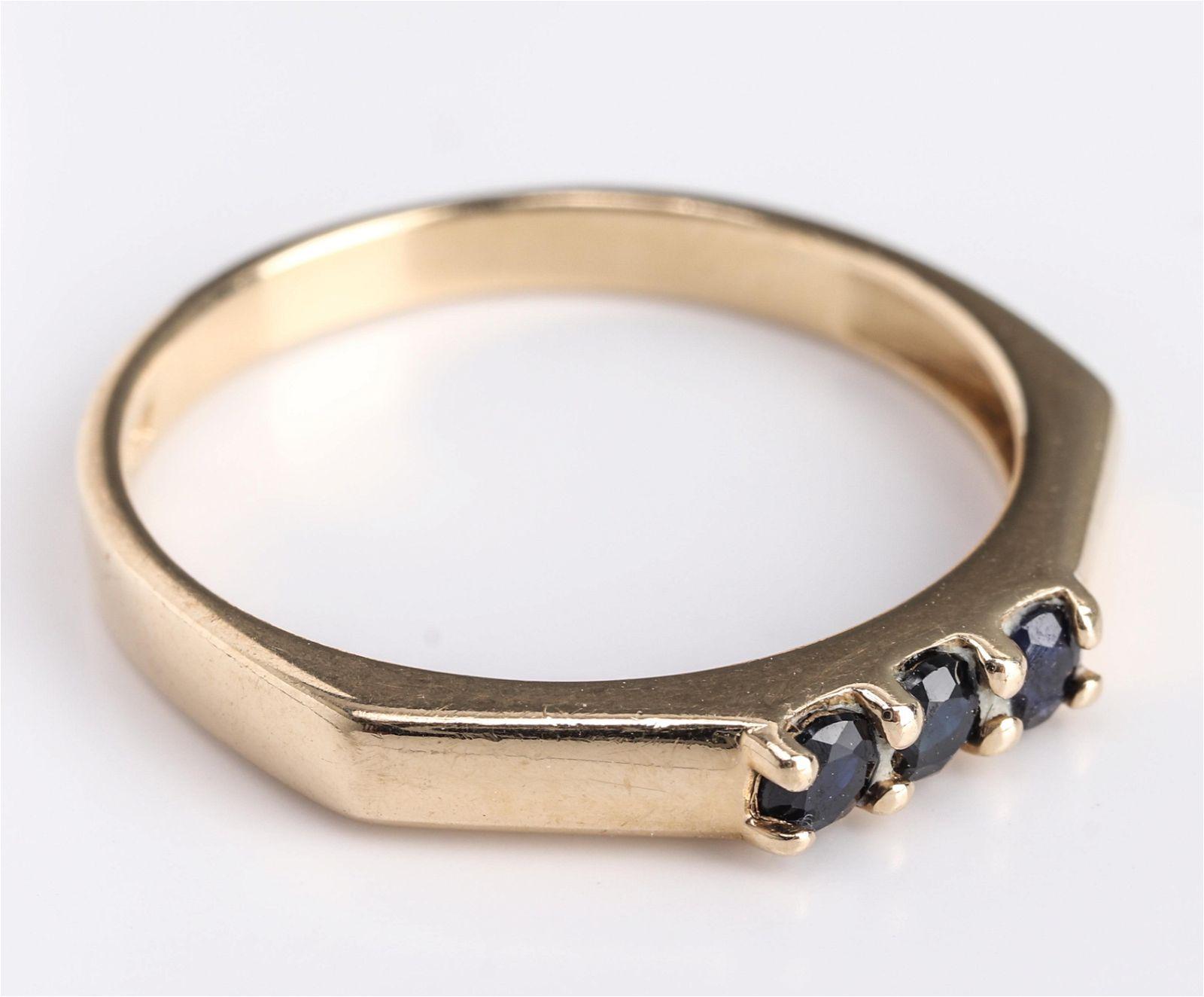 Mid-Century Modern 14K Yellow Gold & Sapphire Ring