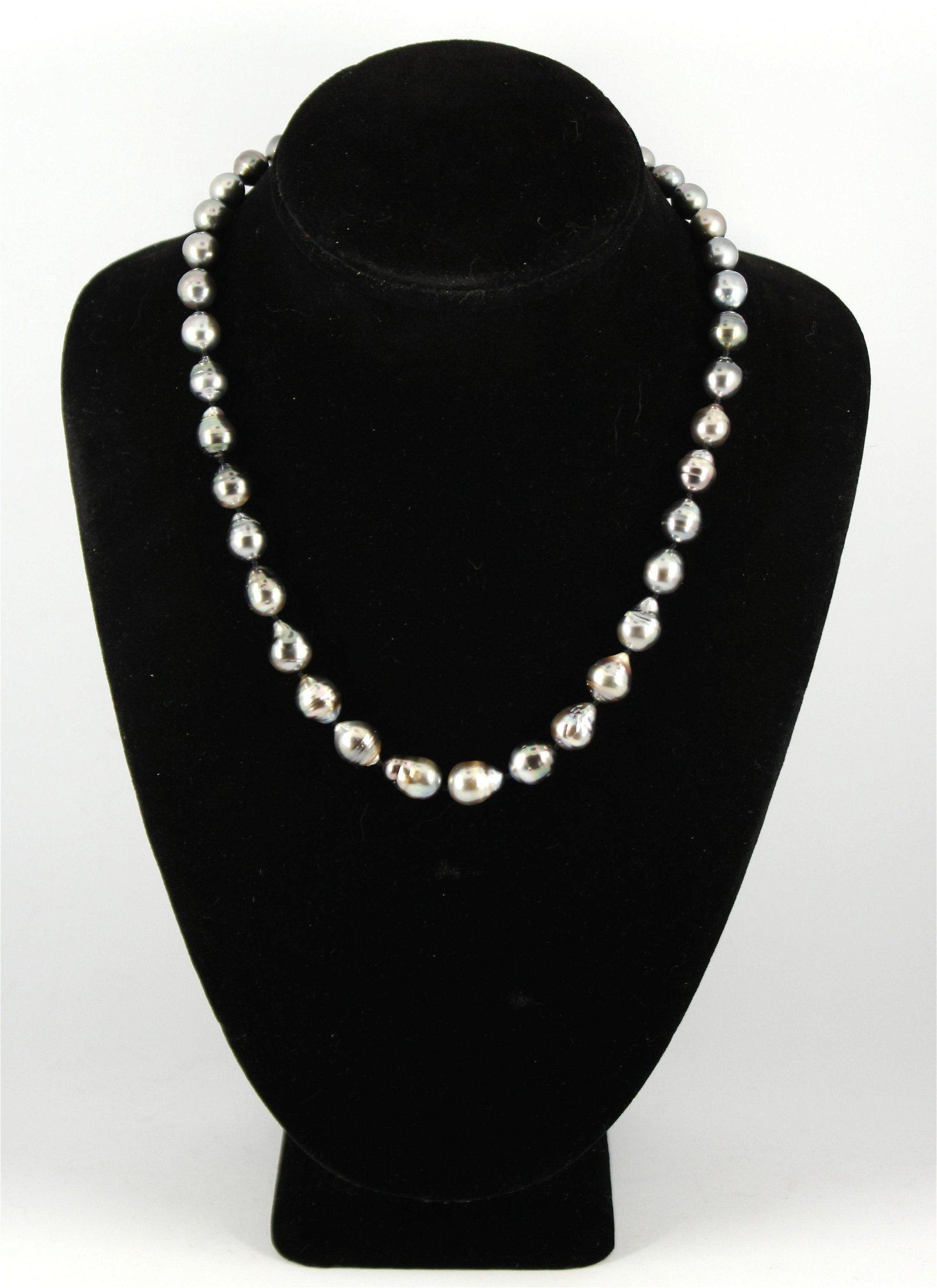 Graduated Baroque Pearl Necklace with 14K YG Clasp