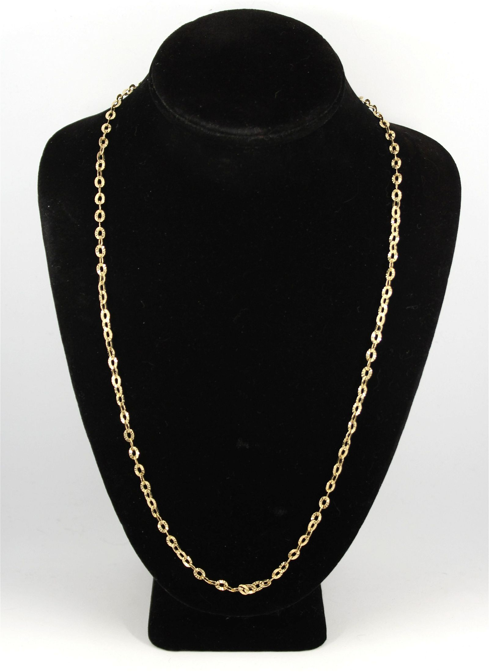 Modern Italian 14K Yellow Gold Chain Link Necklace
