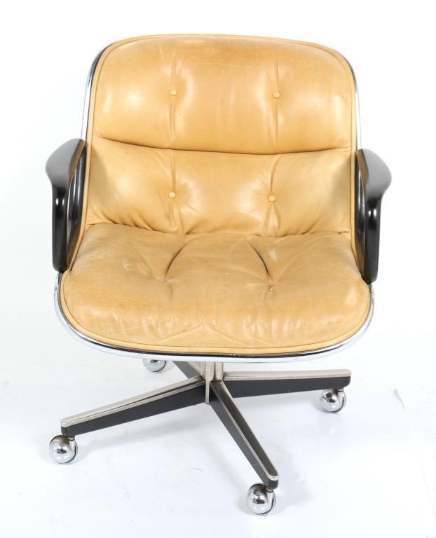 Charles Pollock for Knoll Executive Arm Chair