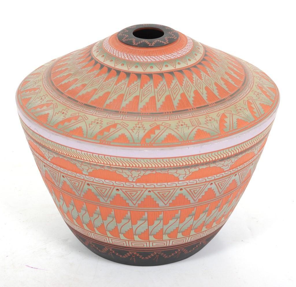 Dennis Charlie Navajo Native American Pottery Jar