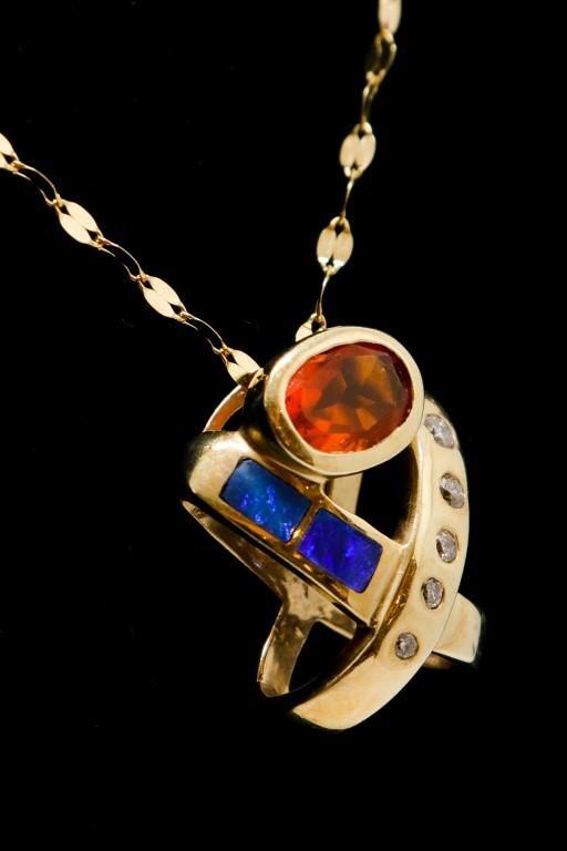 14K Yellow Gold Opal & Diamond Pendant Necklace