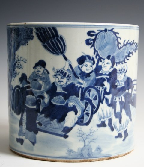 25: Chinese Porcelain Brush Pot with Soldier Motif