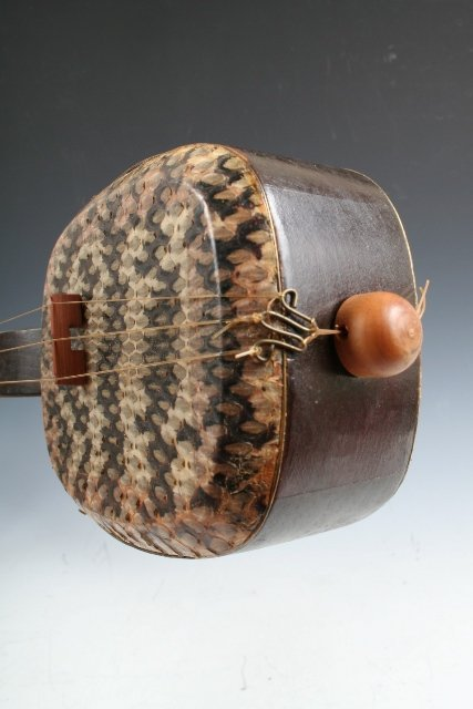 11: Chinese Sanxian 3-Stringed Musical Instrument - 7