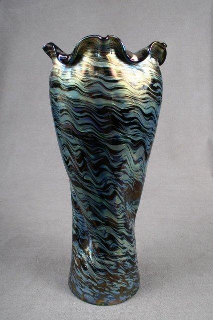 9: Loetz Rindskopf Austrian Vase ca. 1900