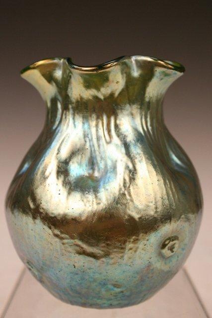 Austrian Loetz Nouveau Iridescent-Glass Vase