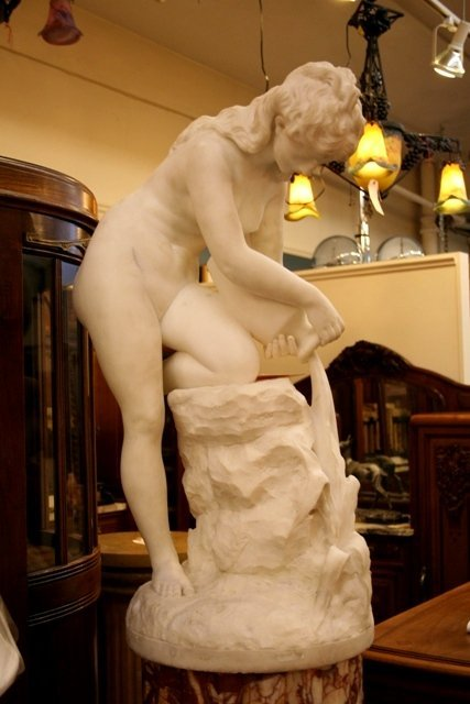 White-Marble Sculpture of Bathing Nude 19th C.