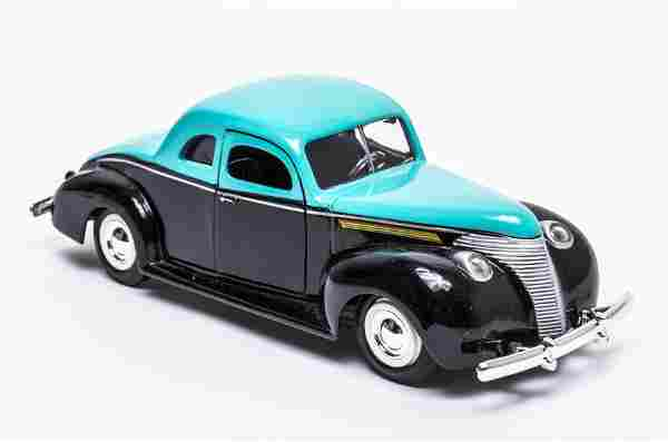 1940 Ford Coupe Die Cast Toy Car