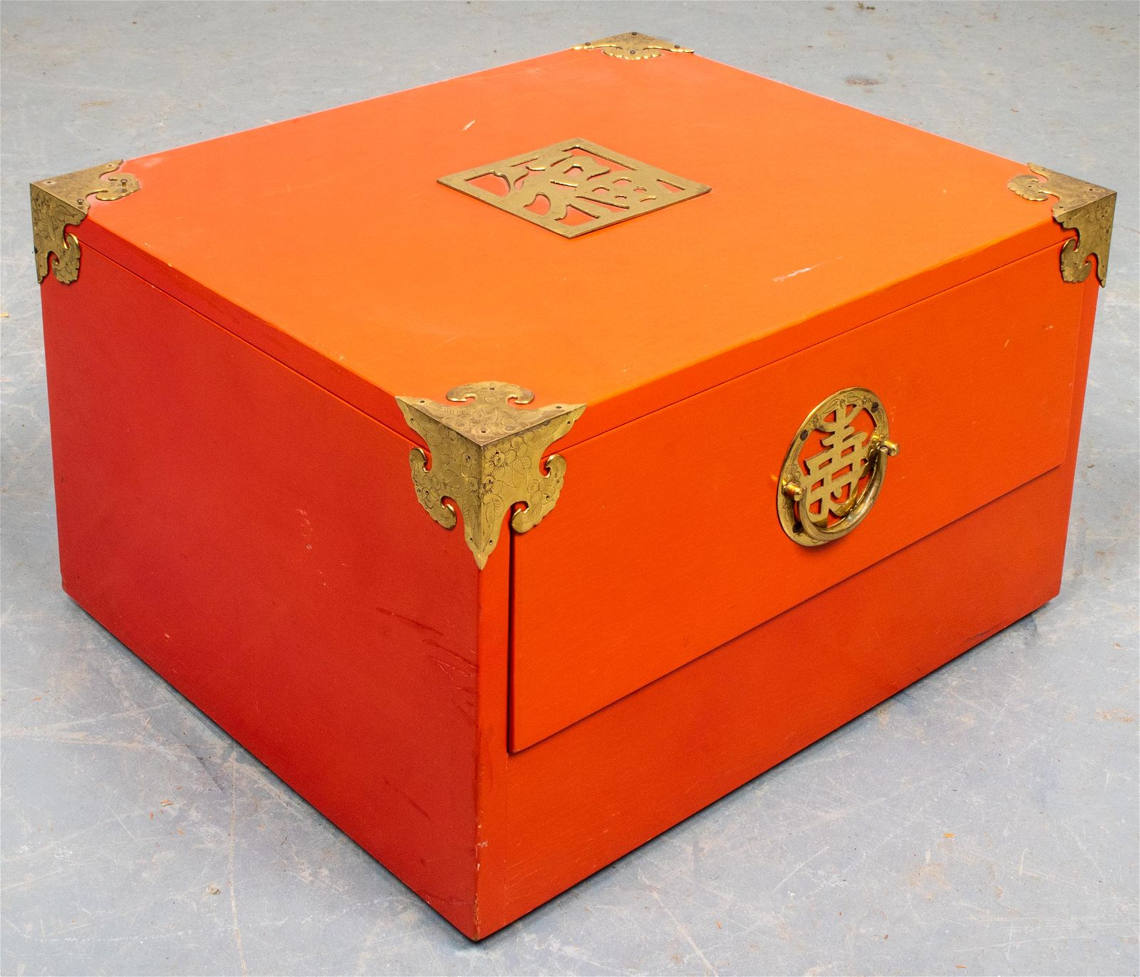 Japanese-Manner Red Lacquer Storage Box