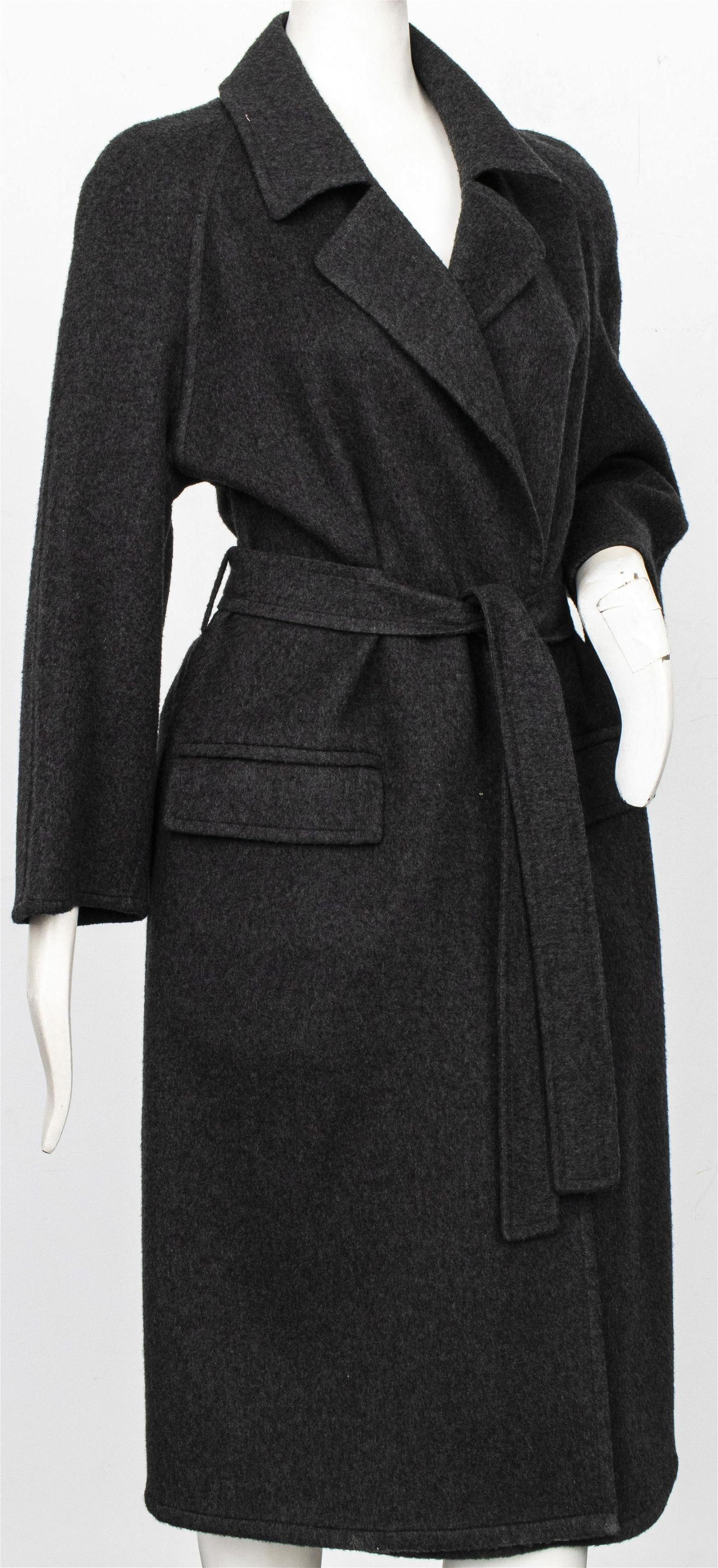 Hermes Paris Grey Cashmere Women's Coat, Size 38