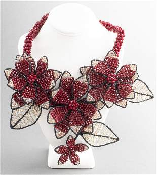 Vilaiwan Red And Pink Bead Floral Necklace