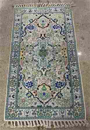 "Persian Floral Rug, 4' 8"" x 2' 9"""