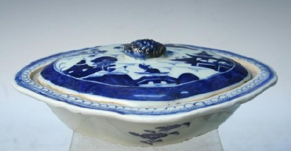 Chinese Blue-&-White Porcelain Lidded Serving Dish