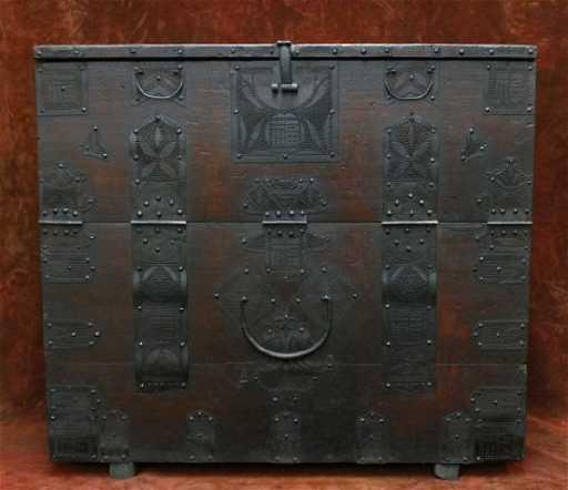- North Korean Antique Ironwork Wooden Chest