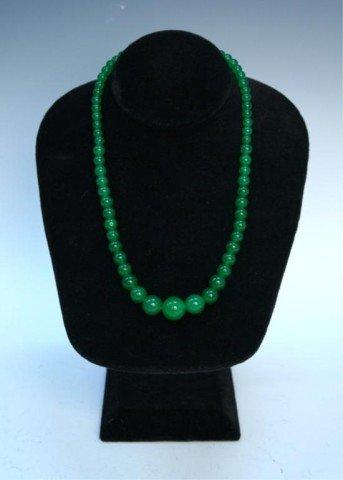 Chinese Jadeite Beaded Necklace