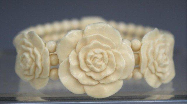 Chinese Ivory Beaded & Carved Bracelet