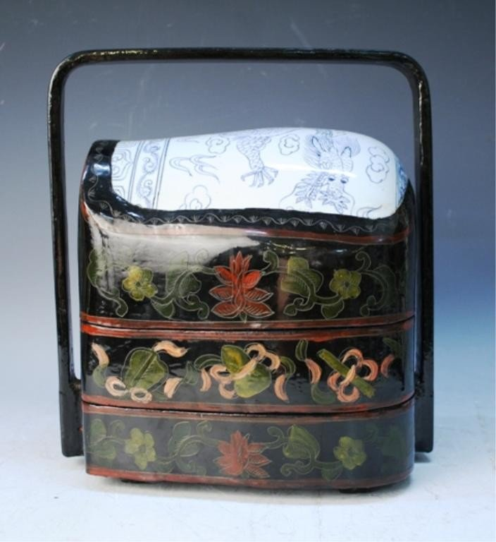 74: Chinese Lacquer Box w Blue & White Porcelain Inlay