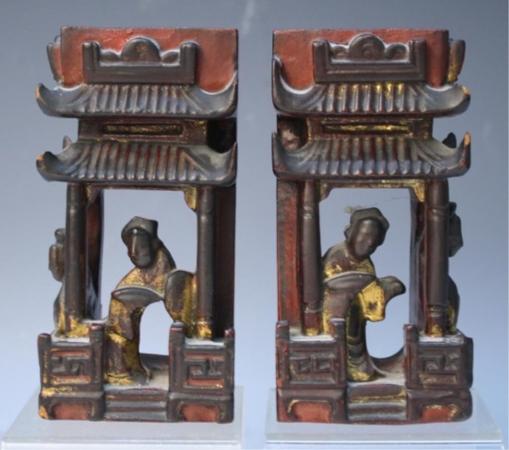 76: Chinese Pair of Lacquer Temples w/ Figures