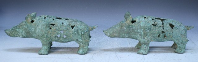 23: Chinese Pair of Ming Dyn. Bronze Gift Pigs - 2