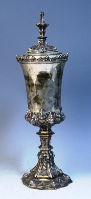 28: Silver Urn w Stylized Architectural Designs
