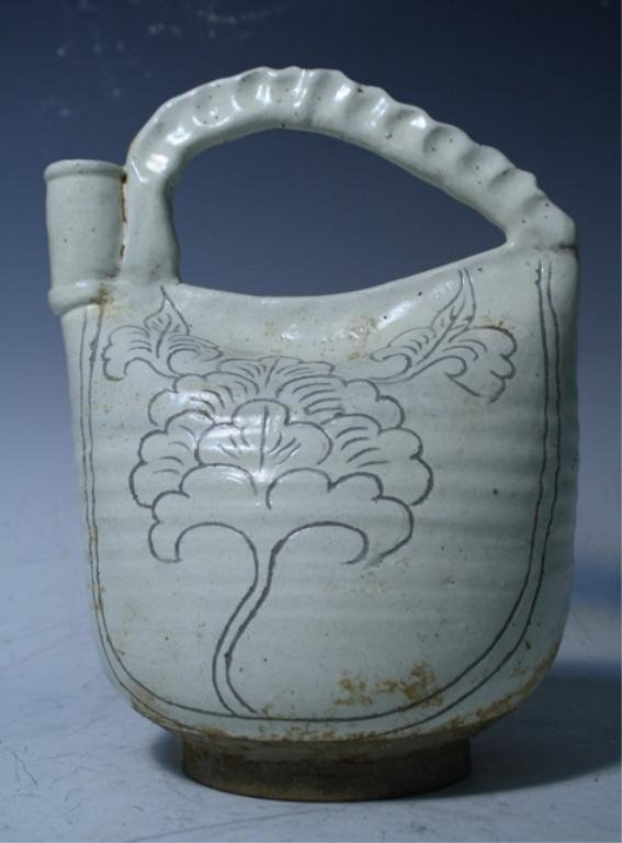 4: Chinese Cizhou Ware Ewer Song Dynasty