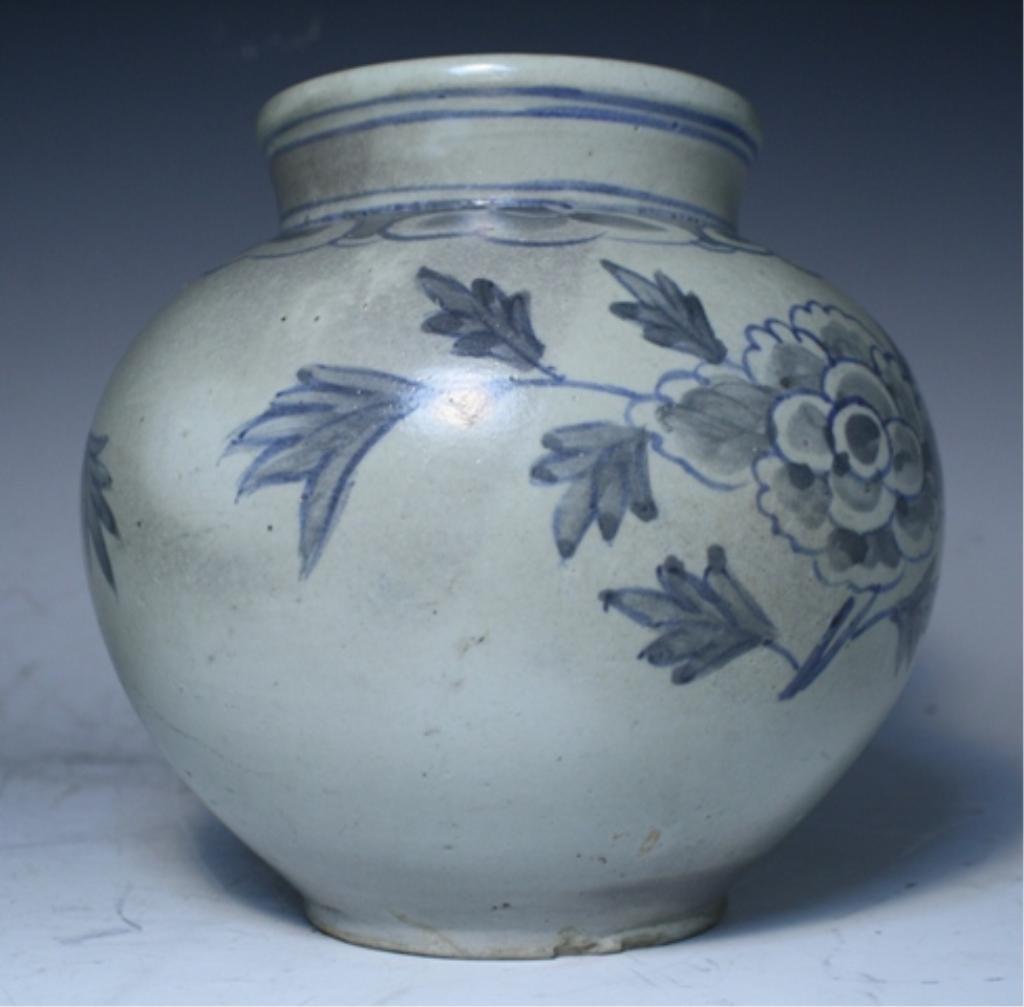 16: Korean Blue & White Porcelain Floral Jar