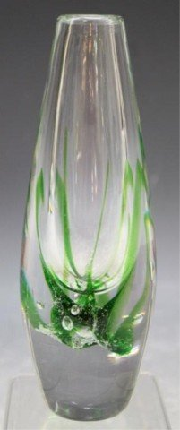 13: Swedish Kosta Vicke Lindstrand Art Glass Vase - 2